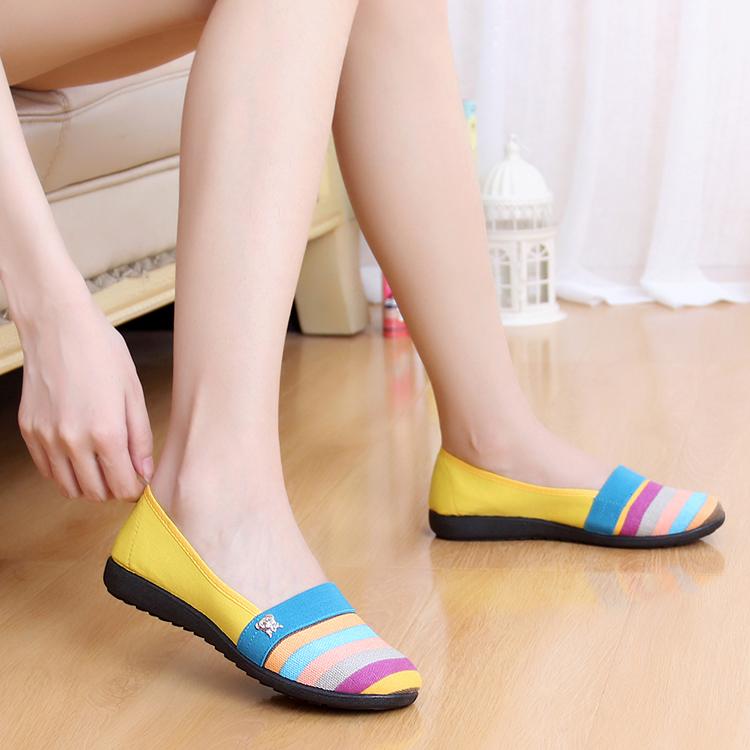 春季新款老北京布鞋透气女鞋条纹平跟时尚散步软底广场跳舞鞋单鞋