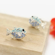 Good jewelry Korea earring Stud Korean fashion fashion earrings beautiful cute little fish Stud Earrings