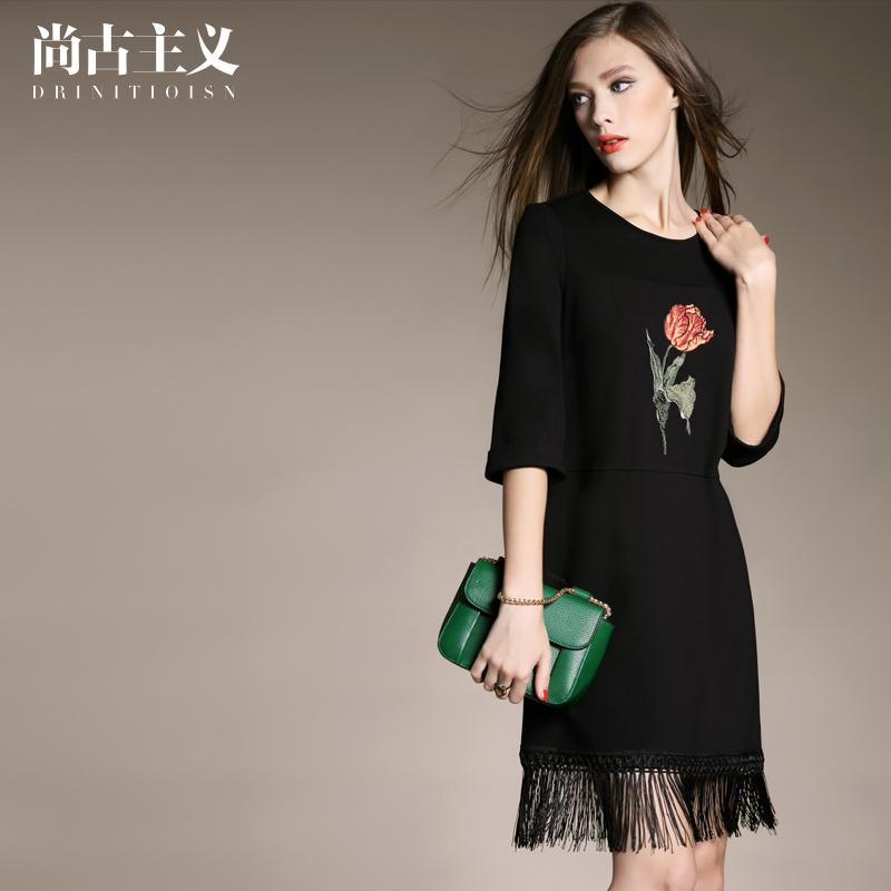 尚古主义欧美秋装新款女装绣花短裙流苏拼接一步裙五分袖连衣裙