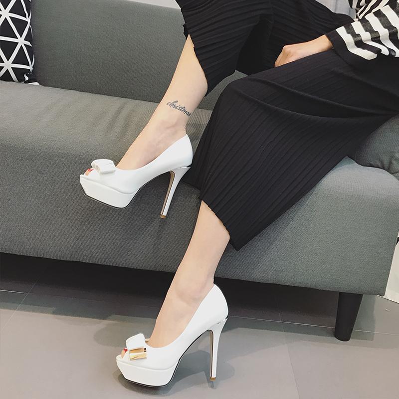 卡卡妮亞白色魚嘴高跟鞋細跟防水臺蝴蝶結涼鞋女超高跟2017 新款