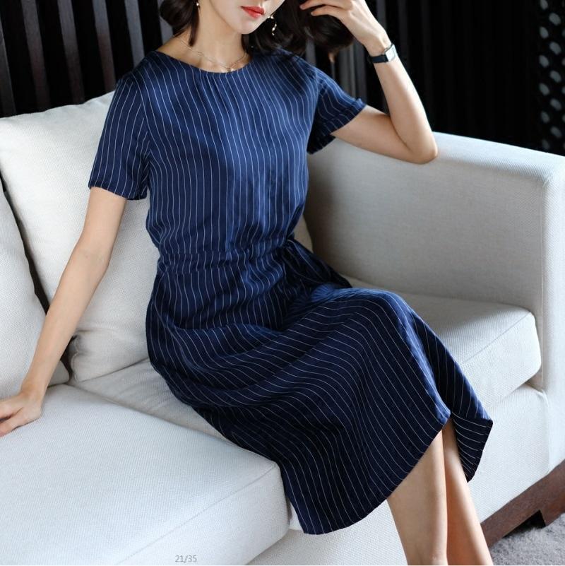 连衣裙女2018春夏季新款女装铜氨真丝条纹圆领系带收腰气质大码裙