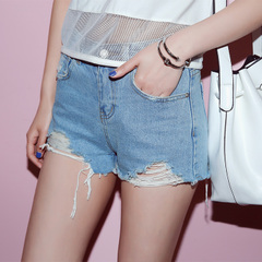 Spring/summer QUEENZZ/2015 in the back holes in the legs worn wash denim shorts hot pants girl Korean version flows 348