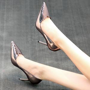 迈妍2017春季新款尖头单鞋子女通勤高跟鞋女细跟浅口百搭工作鞋女