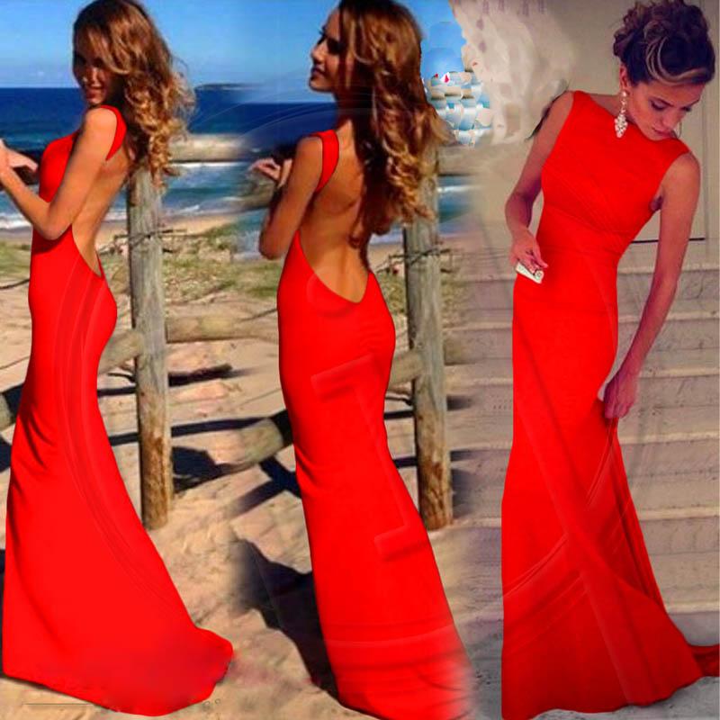 Шелковое платье в пол с открытой спиной