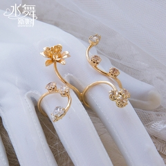 Meitai I0050 Korean unique exquisite flower conjoined jewelry bridal rings I0050 usually available