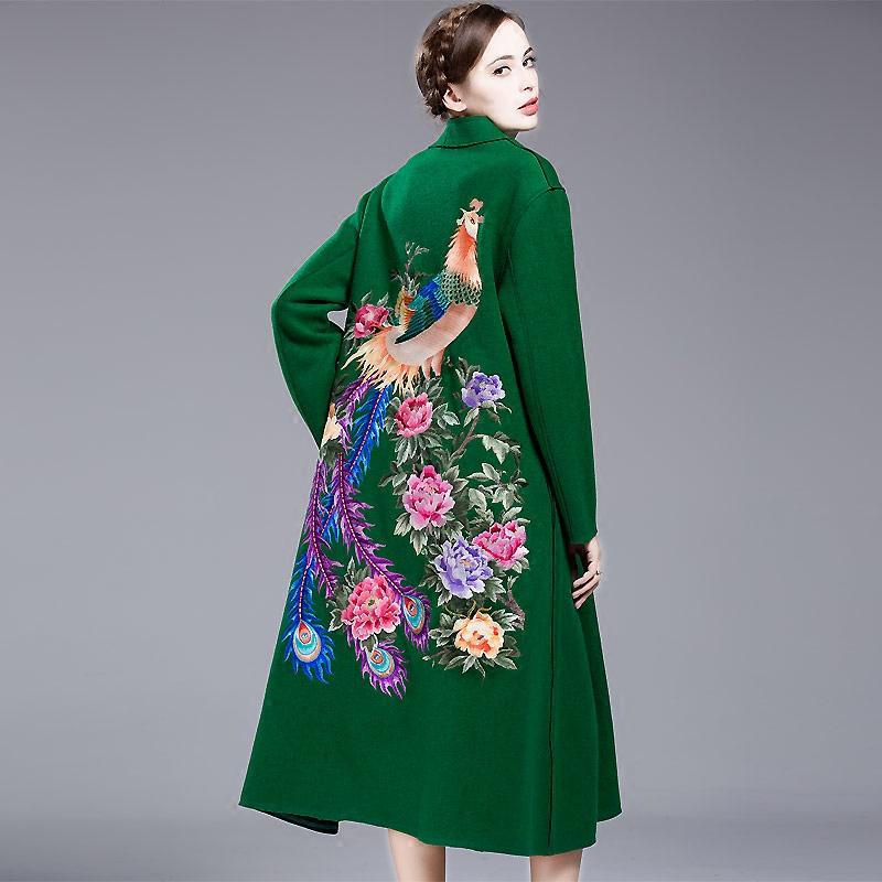 中国风毛呢外套女新款秋冬季加厚大码呢子刺绣