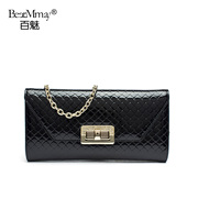 Hundreds of charming popular new rhombic chain purse shoulder slung small fields breathe sweet clutch bag handbag in summer 2015 tide