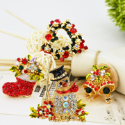 Mu-Mu-female corsage high-grade pin brooch Christmas Gifts Christmas stockings snowman Bell love accessories package mail