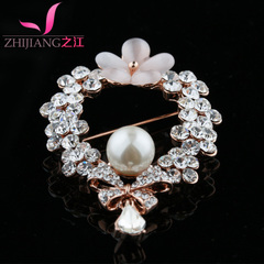 Zhijiang brooches luxury Pearl pin sweater girl corsage Joker shawl chain scarf full rhinestone suit accessories