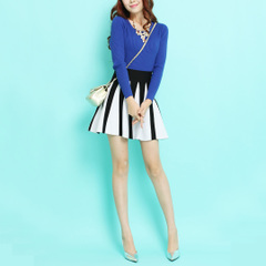 Meets the beautiful Visual mosaic color umbrella you ~ retro Lady bust put thick knitted fluffy skirt