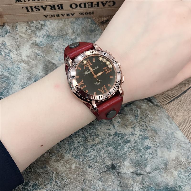 手表女大表盘超大炫酷韩版个性潮流欧洲站冷淡风大气复古牛皮手表
