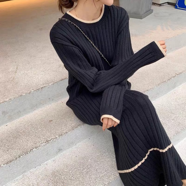 2020年新款女装秋季仙女复古森系长款针织连衣裙法式毛衣裙 -