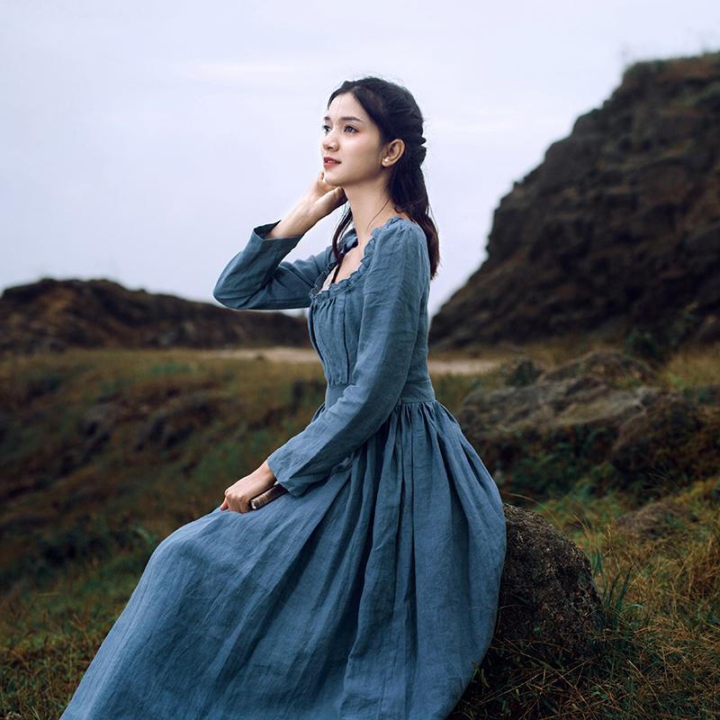 枕梦村庄 灰姑娘 法式优雅复古宫廷长袖方领亚麻修身秋冬连衣裙