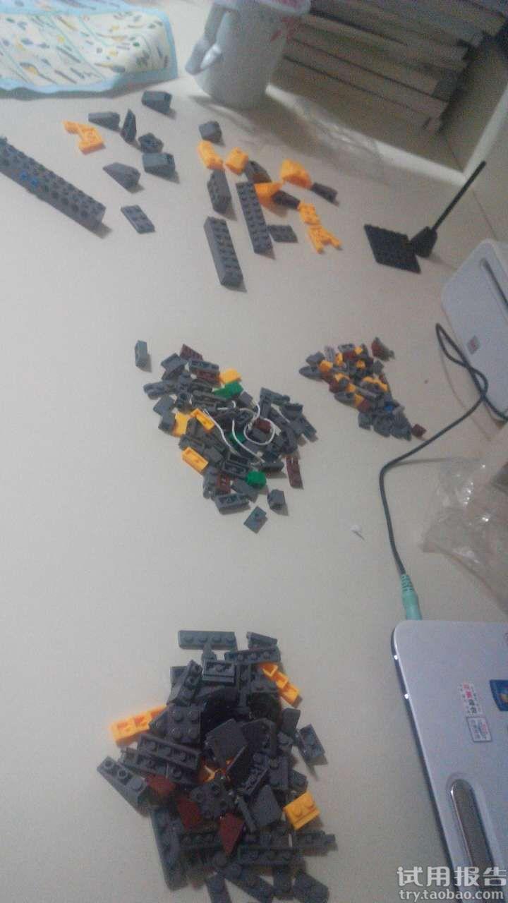 拼装积木宝马飞机儿童益智玩具