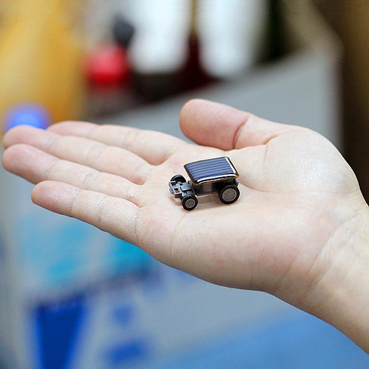 太阳能玩具蚂蚱蜘蛛小汽车创意新奇特科学儿童玩具圣诞节生日礼物