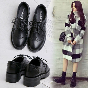College style black small leather shoes women 2019 autumn and winter new British increase Brock women's shoes students middle heel shoes