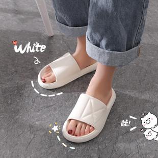 女鞋夏季白色厚底拖鞋女夏外穿2020年新款时尚外出松糕凉拖鞋女士图片