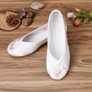 新款古装鞋子白色汉服单鞋女鞋老北京布鞋民族风日常平底绣花鞋
