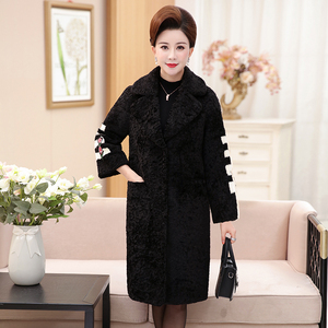 Middle-aged and elderly women's spring new windbreaker middle-aged mother's winter clothes long large woolen coat woolen coat
