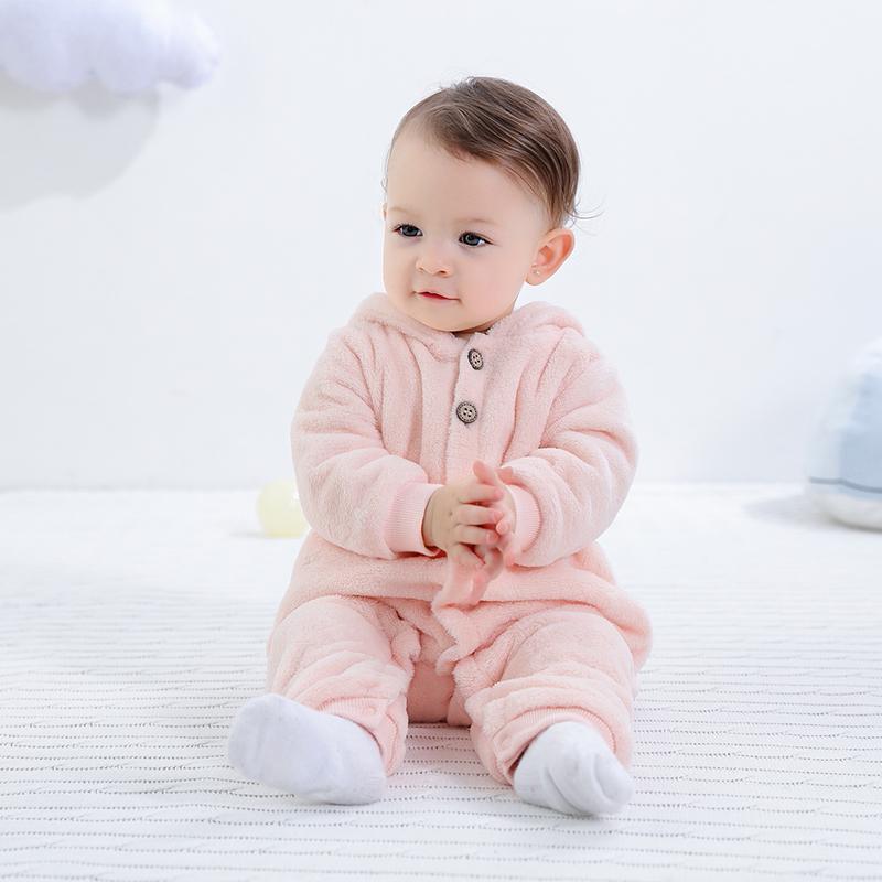 婴儿连体衣春秋新生儿衣服0-3个月6初生宝宝秋装珊瑚绒保暖外出服