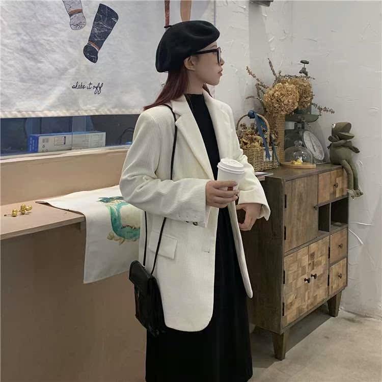 宽松灯芯绒西服外套女春秋2020新款英伦风韩版chic休闲白色小西装