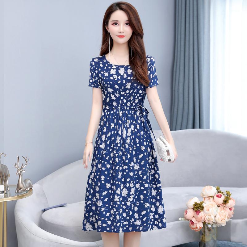 妈妈夏装碎花连衣裙中年妇女中长款40岁50中老年女装短袖棉绸裙子
