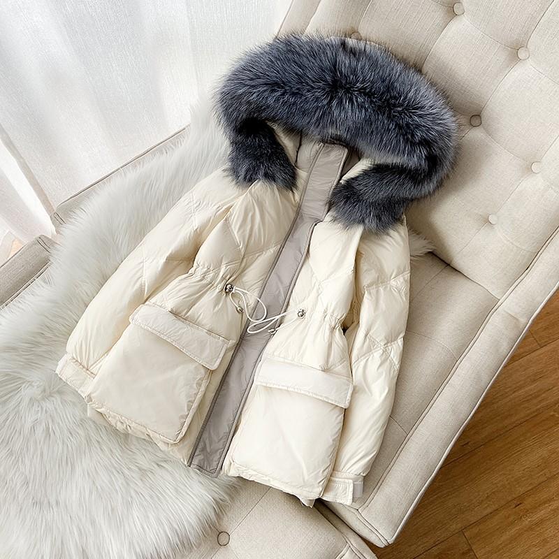 2019年冬季新款韩版大毛领亮面羽绒服女短款小个子收腰时尚面包服