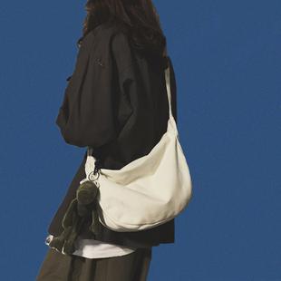 原宿日系帆布单肩包女购物袋大容量ins网红斜挎包男士文艺布袋包图片