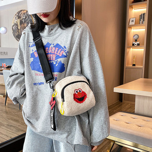 Furry bag women's bag new 2019 fashion plush messenger bag cute small bag lamb fur bag mobile phone bag tide
