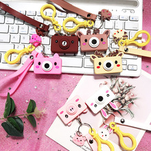 韩国卡通相机钥匙链ar6爱背包挂os意学生情侣钥匙扣ins网。