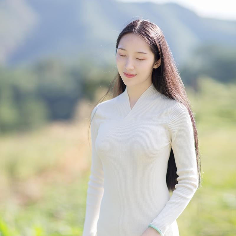 山有色原创设计中式女装文艺复古交领高领打底长袖毛织衫短款
