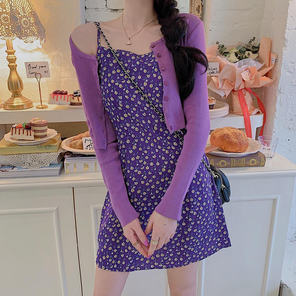 2020夏新款大码女装显瘦裙子胖妹妹复古气质修身紫色吊带连衣裙女