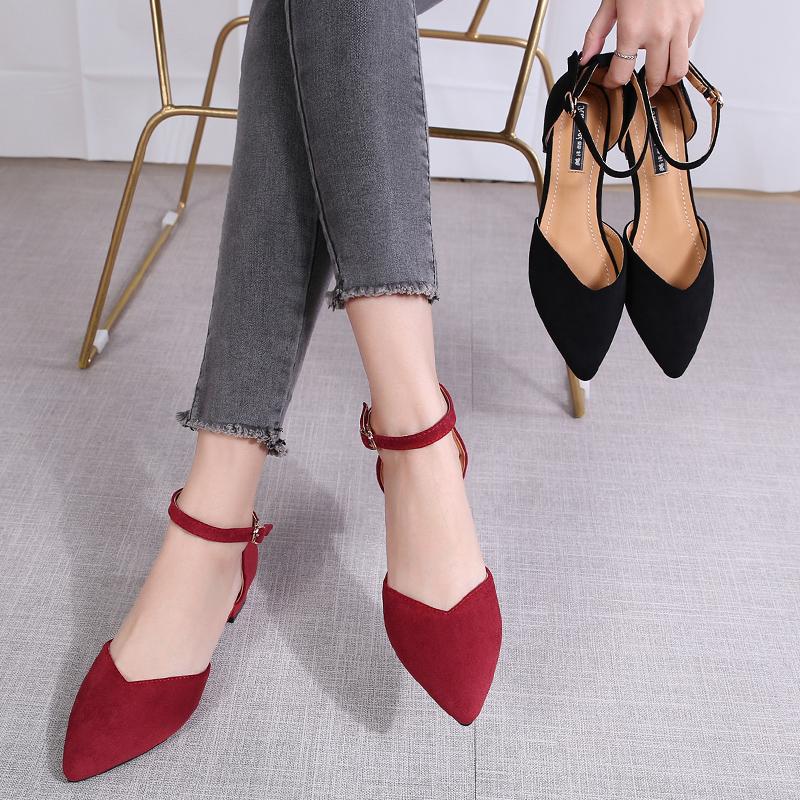 2021新款春夏季女鞋子仙女风尖头低跟一字扣单鞋女粗跟包头凉鞋女