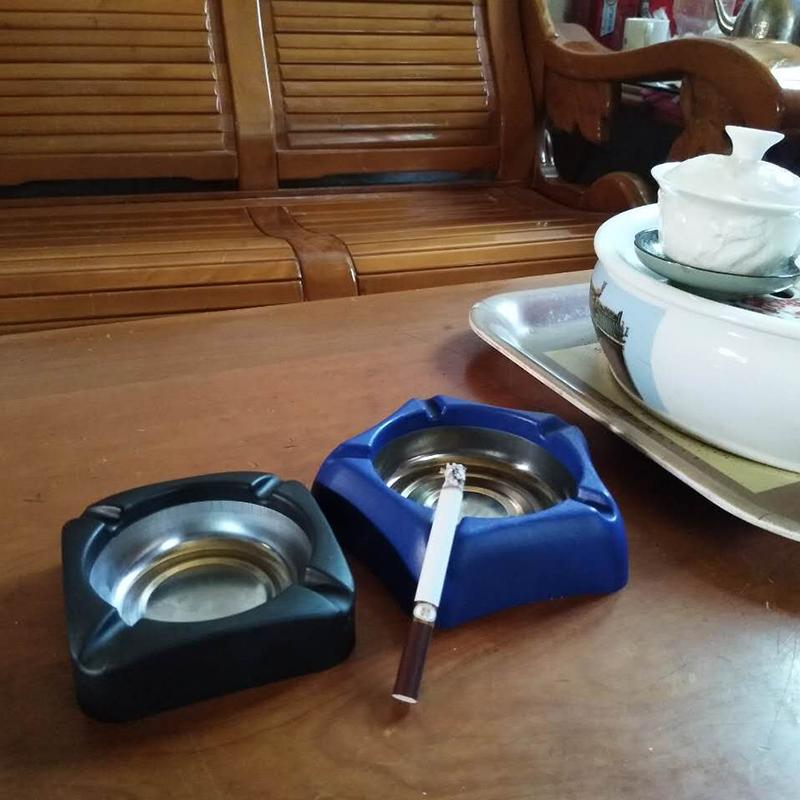 个性烟灰缸欧式创意节庆用品礼品定购客厅家用高档酒店用品烟灰蝶