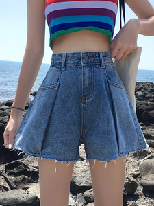 2019 summer new Korean version of the college style students wide leg pants high waist was thin fold denim shorts hot pants women