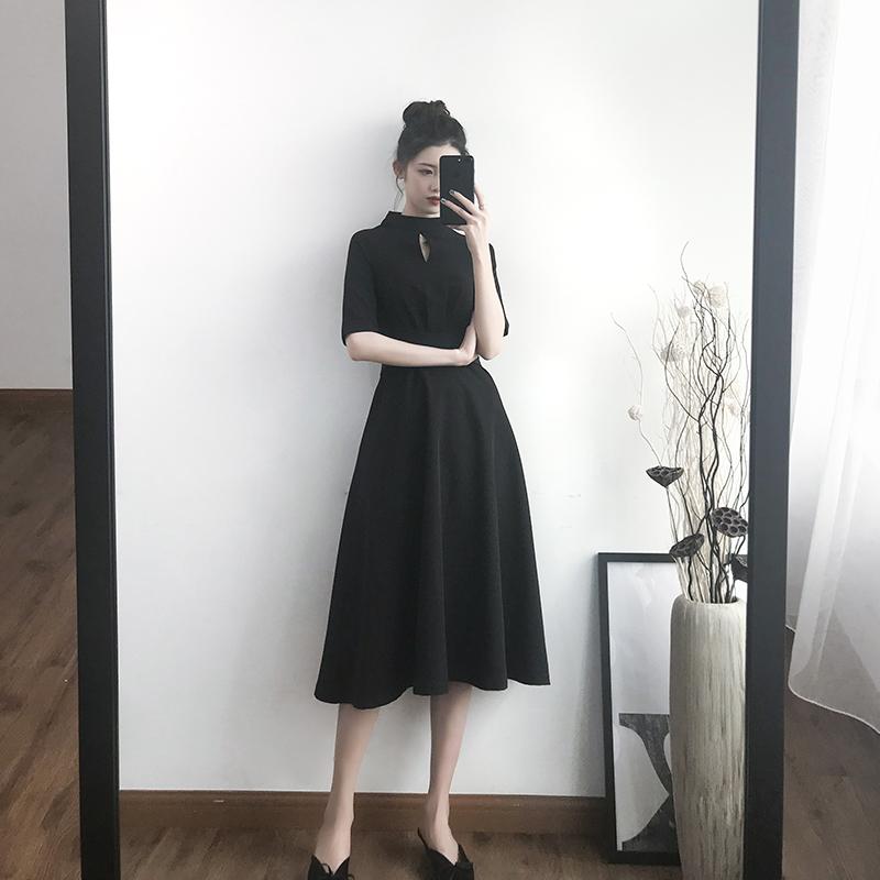 赫本风连衣裙女夏季中长款短袖黑色修身小黑裙女气质2019新款裙子