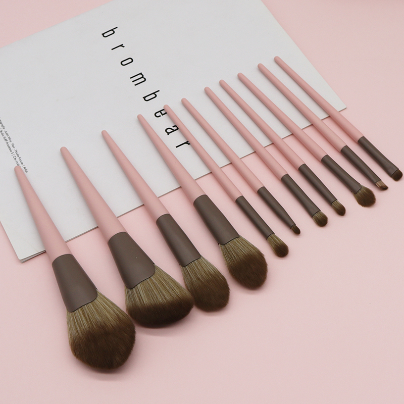11支化妆刷套装眼影刷腮红散粉刷子初学者粉色美妆全套工具动物毛