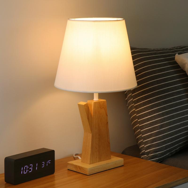 卧室里放什么台灯好