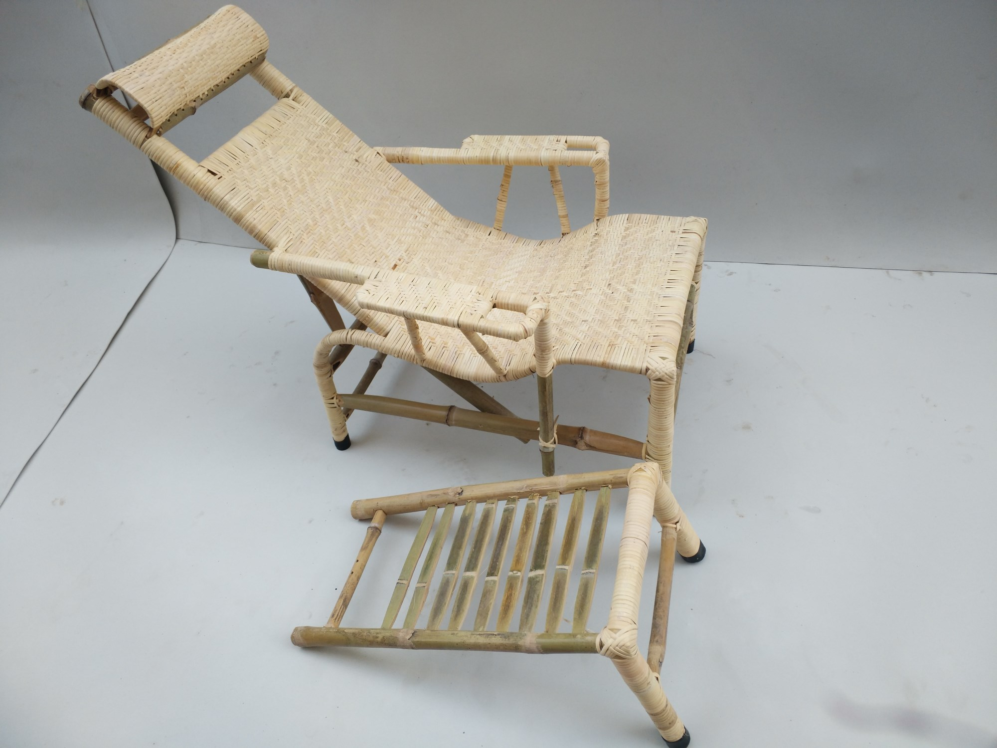Old Bamboo plant rattan old man rattan chair rattan cool chair lunch chair handmade bamboo weaving couch factory Direct