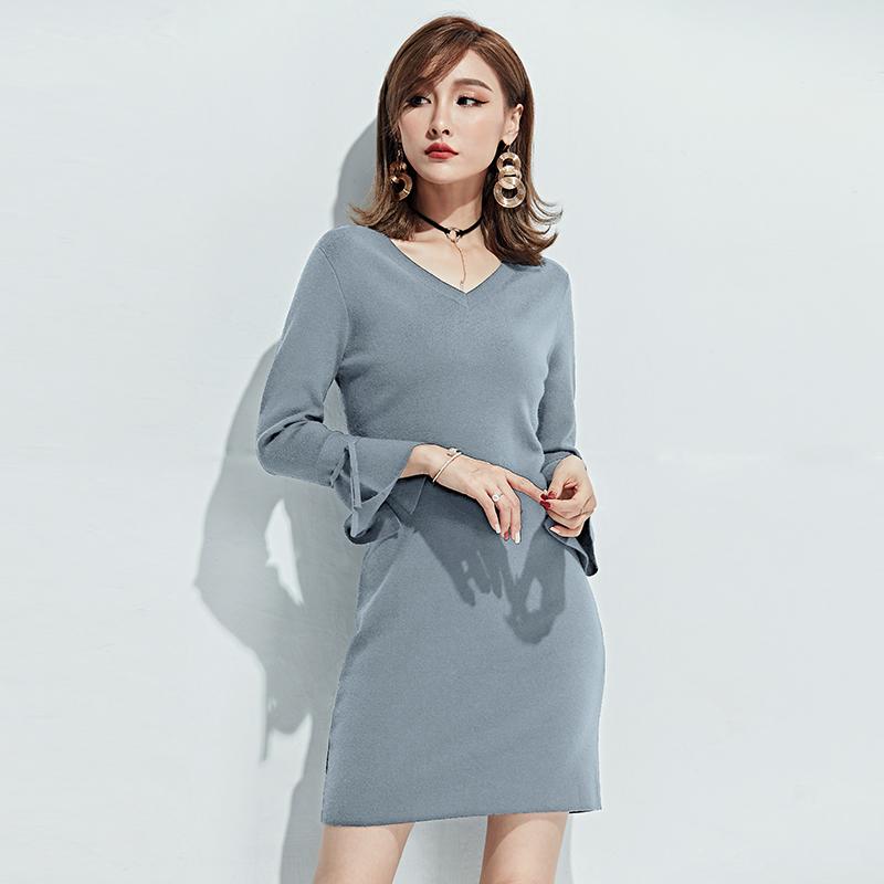 开叉喇叭袖连衣裙女秋装2018新款韩版时尚性感
