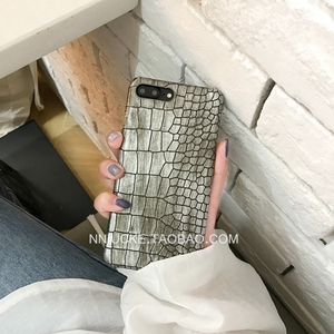 Fashion laser crocodile pattern Apple 6 mobile phone shell iPhone7/6s/Plus creative personality couple male and female m