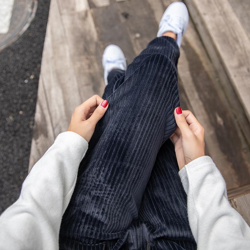 加绒加厚运动裤女金丝绒宽松秋冬灯芯绒束脚哈伦裤外穿休闲卫裤子