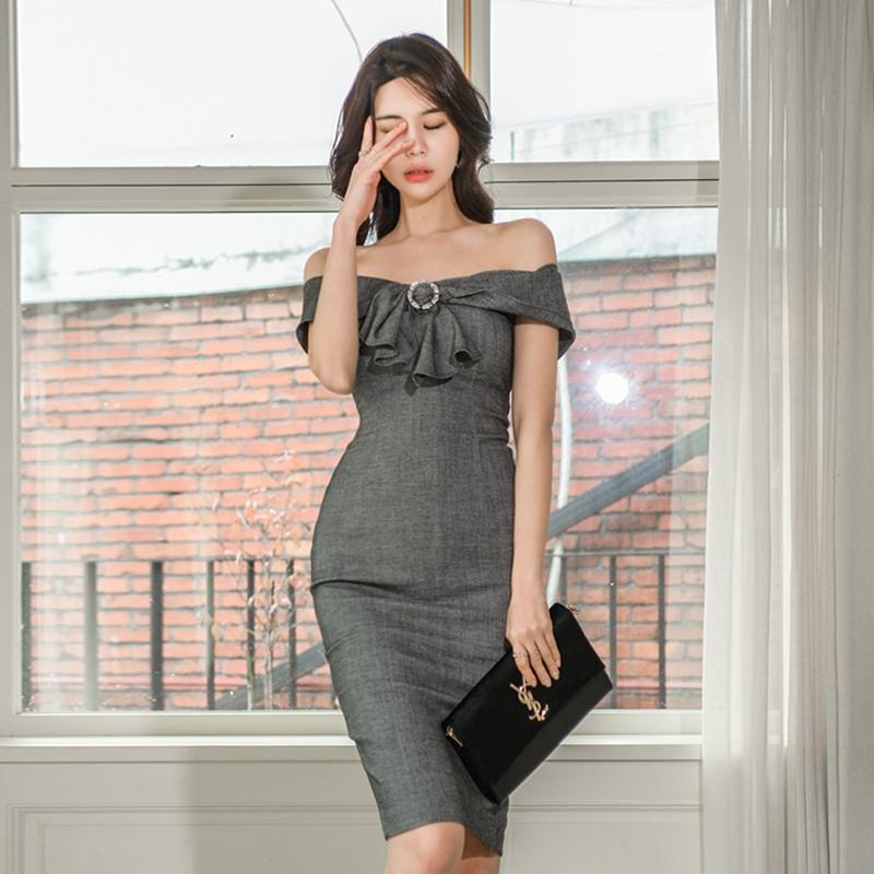 2020韩版新款修身一字领收腰包臀亮钻装饰中长连衣裙-艾依尚服饰-