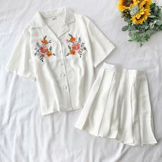 套装女2019新款小清新绣花衬衫洋气收腰百褶裙学院风减龄两件套夏