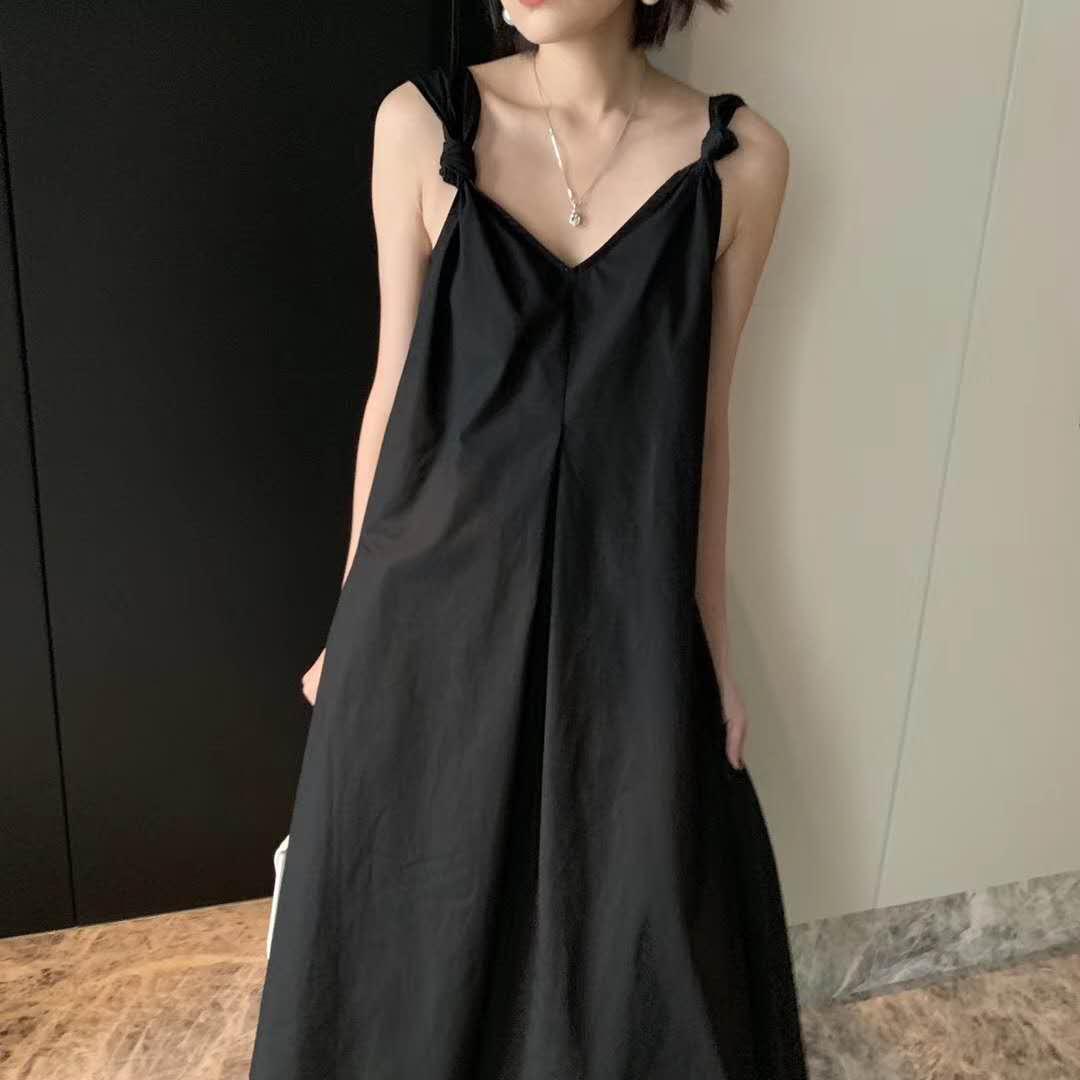 吊带连衣裙女2019夏季新款韩版宽松很仙的法国小众设计感度假长裙