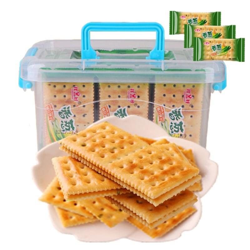 包邮[买4斤发5斤]咸味香葱苏打饼干无蔗糖葱油梳打早餐饼零食。