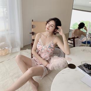 睡衣女夏季性感薄款丝绸冰丝吊带短裤两件套带胸垫蕾丝家居服套装