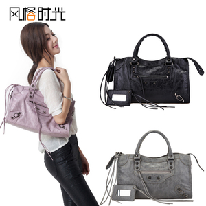 Style time autumn and winter casual new women's bag European and American retro fringed shoulder messenger bag medium rivet motorcycle bag