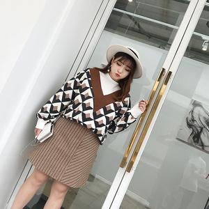 大码女装大V领学院风针织衫韩版2018秋冬新款宽松长袖加大码上衣