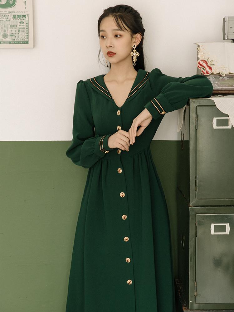 秋冬季女装2019年新款法式复古少女长袖连衣裙收腰显瘦气质中长款